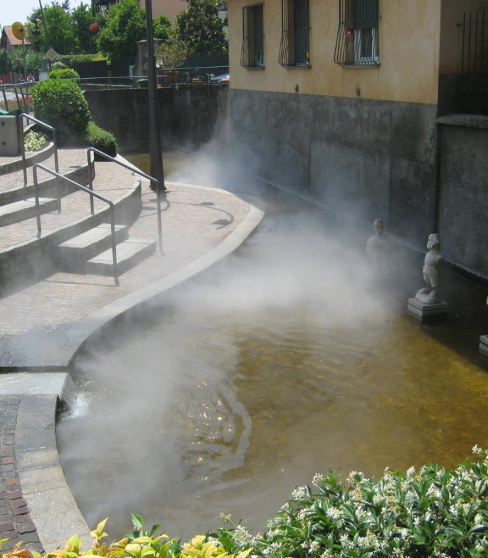 Madonna fontana Romano1